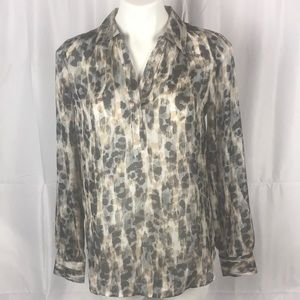 LOFT sheer 100% Polyester printed long sleeve